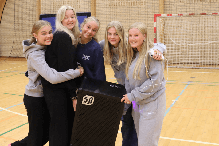 Sportsefterskole piger